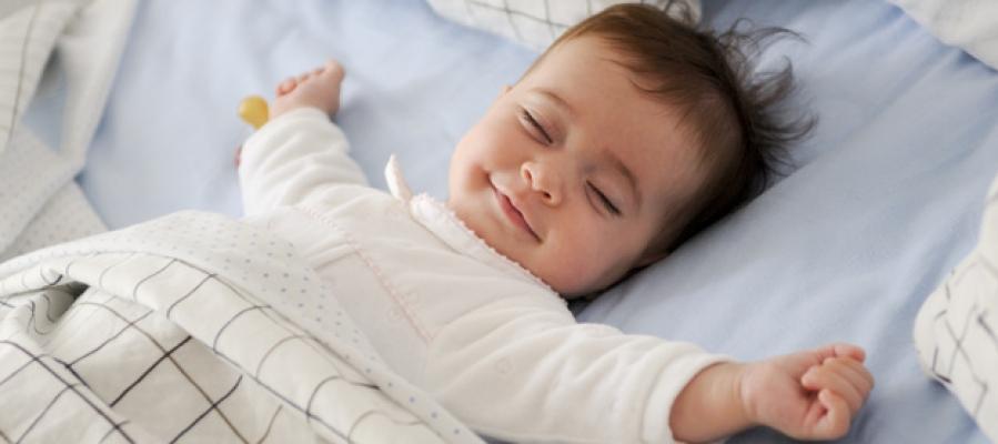 Tips & Trik: Bagaimana Agar Bayi Tidur Nyenyak di Malam Hari?