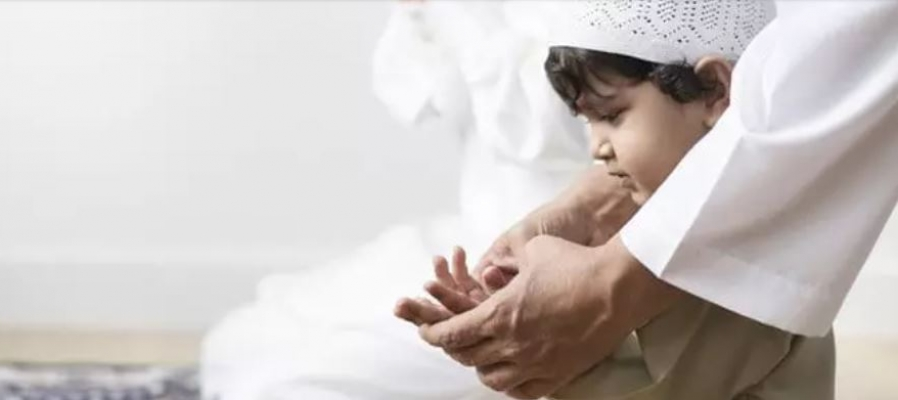 Tips Efektif Mengenalkan Ibadah Puasa pada si Kecil