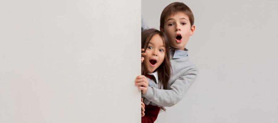 Jika Anak Memergoki Orangtua Sedang Intim, Bagaimana Harus Bersikap?